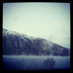 Trolsk stemning i Vefsnfjorden
