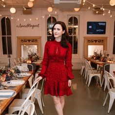 """""""The Marvelous Mrs. Maisel"""" Star Rachel Brosnahan in J. Mendel at American Express Card Event in NYC Rachel Brosnahan, Fashion Photography Inspiration, Fashion Inspiration, Red Chiffon, Leopard Dress, Famous Women, Famous People, Beautiful Actresses, Style Guides"""