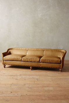 Leather Holloway Sofa #anthrofave