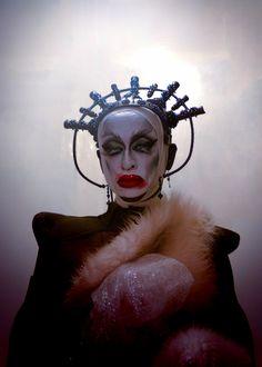 [MUST CLICK AND ENLARGE IMAGE TO APPRECIATE THE RESOLUTION] Photographer: La Spadille Makeup/Model: Anastasija Potjomkina - RottenZombieFairy