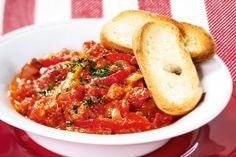 Lečo de luxe | Apetitonline.cz Shrimp, Meat, Recipes, Food, Essen, Meals, Ripped Recipes, Yemek, Eten