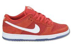 Nike SB Dunk Low – Red/White (Zima 2012)