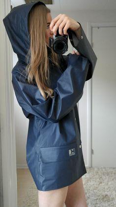 Helly Hansen from Norway – Helly Hansen Nusfjord rainwear raincoat Rain Cape, Rainy Day Fashion, Yellow Coat, Pvc Raincoat, Rain Gear, Raincoats For Women, Helly Hansen, Work Wear, Rain Jacket