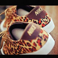 nike leopard print sneakers. love love love. The only sneakers I would totally love to have.