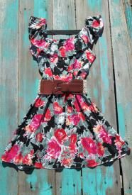 Country Belle Dress, these are the kind of dresses my Mom would wear with great big krinolines for Square Dancing... loved to see her all dressed up..