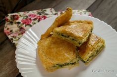 Kai, Spanakopita, Easy Snacks, Food And Drink, Ethnic Recipes, Recipes, Simple Appetizers
