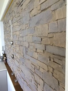 Wand Aus Naturstein Bricks Rot Braun. | Fliesen In Steinoptik | Pinterest |  Interiors And Walls