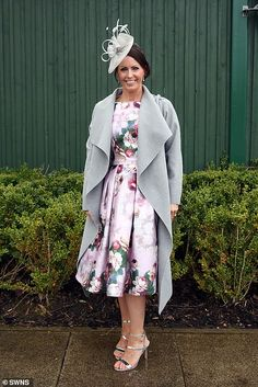 Aintree Festival 2019 Day Glamorous guests get out their best glad rags for Ladies Day Blue Coats, Gray Coat, Charlotte Hawkins, Bright Dress, Monochrome Outfit, Boucle Jacket, Floral Headpiece, Floral Midi Dress, Ladies Day