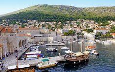 Bubrovnikin alue. Koko Dubrovnik henkii historiaa! Koe vanhakaupunki ja rentoudu aurinkorannalla. www.apollomatkat.fi #Dubrovnik #Kroatia Varanasi, Dubrovnik, Travel, Historia, Pictures, Viajes, Destinations, Traveling, Trips