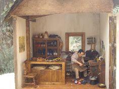 Zapatero Remendón Furniture, Home Decor, Sculpture, Decoration Home, Room Decor, Home Furniture, Interior Design, Home Interiors, Interior Decorating