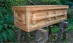 DIY Natural Wood Casket (Yes, Casket! Diy Wood Projects, Wood Crafts, Woodworking Projects, Projects To Try, Cremation Boxes, Pet Caskets, Green Funeral, Funeral Caskets, Funeral Planning