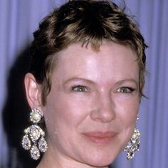 Dianne Wiest (b American actress on stage, television, and film. She has won two Academy Awards, two Emmy Awards, and a Golden Globe Award. Short Curly Hair, Curly Hair Styles, Dianne Wiest, 2016 Trends, Golden Globe Award, Girl Crushes, Hair Trends, Diamond Earrings, Hair Cuts