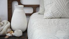 Vogue Retail: Interiors – Home Decor İdeas Modern Modern Loft, Midcentury Modern, Linen Bedding, Bed Linen, Contemporary Cushions, Modern Color Schemes, Monochrome Color, Retail Interior, Modern Traditional