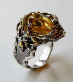 A molten appearance in this artisanal Baltic amber ring evokes the origin of the stone. A molten appearance in this artisanal Baltic amber ring evokes the origin of the stone. Amber Ring, Amber Jewelry, Jewelry Art, Jewelry Gifts, Silver Jewelry, Unique Jewelry, Jewelry Accessories, Jewelry Design, Fashion Jewelry