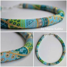 Dina Nichkalo's photos Crochet Beaded Bracelets, Handmade Jewelry Bracelets, Bead Loom Bracelets, Bead Crochet Patterns, Bead Crochet Rope, Beading Patterns, Seed Bead Jewelry, Hair Jewelry, Beaded Jewelry