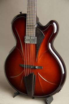 Beauregard MB Facette Archtop #Guitar