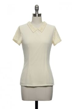 Cute Peter Pan collar shirt with lace sleeves.