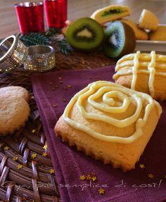 Biscotti+ripieni+di+salsa+kiwi+con+copertura+di+cioccolato Kiwi, Desserts, Tailgate Desserts, Deserts, Postres, Dessert, Plated Desserts