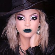 an easy halloween makeup tutorial on how to create a glam
