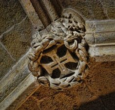 Knights Templar cross on the boss of a vault at the Convent of Christ in Tomar, Portugal - originally a 12th century Templar stronghold..... http://www.templar-quest.com