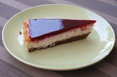 Wie houdt er nou niet van cheesecake? Vandaag heb ik een recept voor jullie van een witte chocolade cheesecake. Om de cheesecake nog wat op te fleuren én lekkerder te maken heb ik er een frambozent…