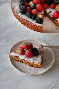 Spanish almond cake, GF | Travelling oven