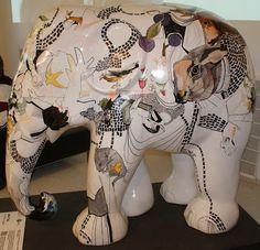 Copenhagen 2011 Title: No Title Artist: Karen Segall Location: Tourist Office African Forest Elephant, Asian Elephant, Elephant Art, Elephant Stuff, Elephant Information, All About Elephants, Elephas Maximus, City Events, Elephant Parade