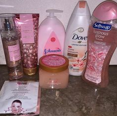 Beauty Tips For Glowing Skin, Health And Beauty Tips, Bath And Body Works Perfume, Healthy Skin Tips, Face Skin Care, Beauty Care, Natural Skin Care, Skin Care Tips, Body Care