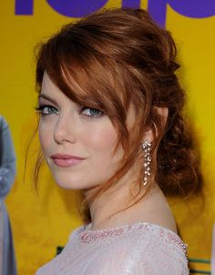 37 Emma Stone Hairstyles To Inspire Your Next Makeover