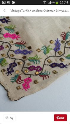 Hesap işi Folk Embroidery, Cross Stitch Embroidery, Embroidery Patterns, Cross Stitch Borders, Cross Stitch Designs, Brazilian Embroidery, Bargello, Blackwork, Sewing Crafts