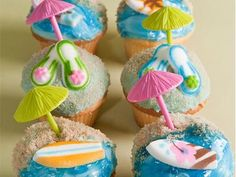 Image from http://a.abcnews.com/images/GMA/ht_gma_cupcakes_090518_ms.jpg.