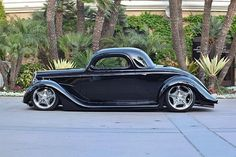 Canadian Randy Marston took home the Goodguys Street Rod d'Elegance crown in 2015 with his Roger Burman-built '35 Ford