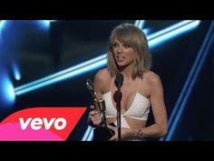 Taylor Swift - Top Billboard 200 (2015 Billboard Music Awards) - YouTube Billboard Music Awards 2015, Top Billboard, Taylor Swift Events, Taylor Swift Single, Taylor Swift Youtube, She Is Gorgeous, Top Artists, Good Music, Bikinis