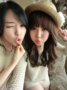 Girl's Day Minah and Yura