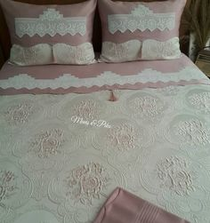Image may contain: bedroom and indoor Double Duvet Covers, Bed Covers, Zara Home Collection, Embroidery Works, Luxury Rooms, Linen Towels, Designs For Dresses, Make Your Bed, Crochet Fashion