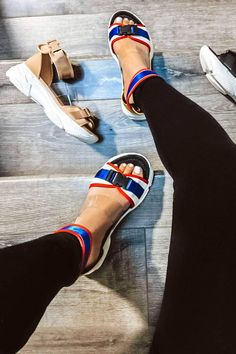 V - Cape Robbin Ankle Strap Buckle Open Toe Platform Fashion Sneaker Sandals Fashion Sandals, Sneakers Fashion, Best Golf Shoes, Fashion Designer, Hot Shoes, Women's Shoes, Platform Shoes, Nike Shoes, Sneakers Nike