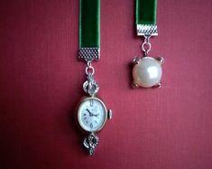 Emerald Green Velvet Bookmark with Working Timepiece