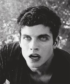 Beta Daniel Sharman