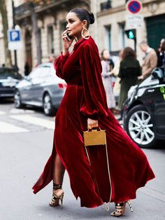 winter wedding outfits: festive colours are go