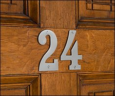 Standard Cast Brass House Numbers - Lee Valley Tools