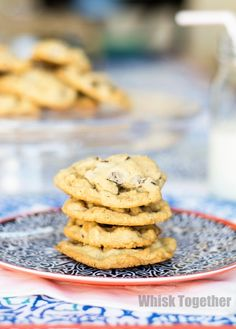 Chewy Chocolate Chip Cookies 2.0 - Interesting with honey and cider vinegar
