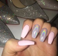 In search for some nail designs and ideas for your nails? Here's our listing of must-try coffin acrylic nails for trendy women. Summer Acrylic Nails, Best Acrylic Nails, Acrylic Nail Designs, Summer Nails, Colored Acrylic Nails, Aycrlic Nails, Coffin Nails, Manicure, Fire Nails