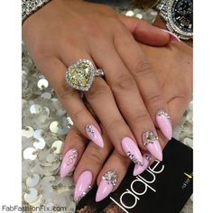 Perfect engagement ring and long pink nails with rhinestones inspiration. #pink #engagementring #nails