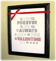 Free Valentine printable from Peppermint Plum (awesome site!).  Great graphic for the holiday!