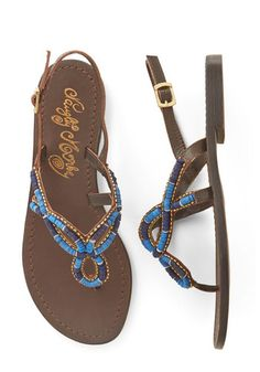 love these slingback sandals