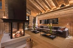 World class luxury ski holiday Chalet McKinley in Zermatt available to book through Ultimate Luxury Chalets. Alpine Chalet, Ski Chalet, Chalet Interior, Home Interior Design, Log Home Plans, Barn Plans, Chalet Design, St Moritz, Metal Building Homes