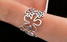 Sterling Silver Daisy Cuff Bracelet - Floral Retro Inspired Bracelet