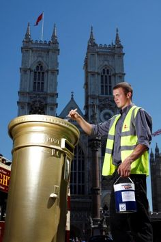 Well done,  Royal Mail! They painted one post box Gold in the home town of every gold medal winner from the UK. Wonderful gesture :)