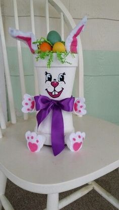 Trendy Ideas for craft easter bunny flower pots Flower Pot Art, Clay Flower Pots, Flower Pot Crafts, Painted Flower Pots, Bunny Crafts, Clay Pots, Easter Crafts, Crafts For Kids, Clay Pot Projects