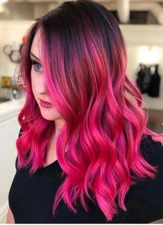 Best ever deep pink hair color ideas and trends for women You may use to sport this beautiful color with almost every hair length and hair texture. So check our these inspirational ombre hair colors to show off in these days. Pink Hair Dye, Hot Pink Hair, Pastel Pink Hair, Hair Color Pink, Cool Hair Color, Hair Colors, Pastel Ombre, Magenta Hair, Pink Wig